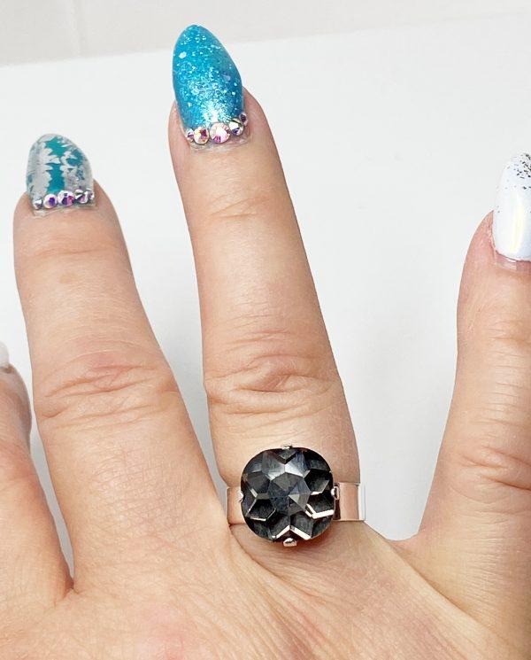 Black Diamond Rhinestone Crystal Ring